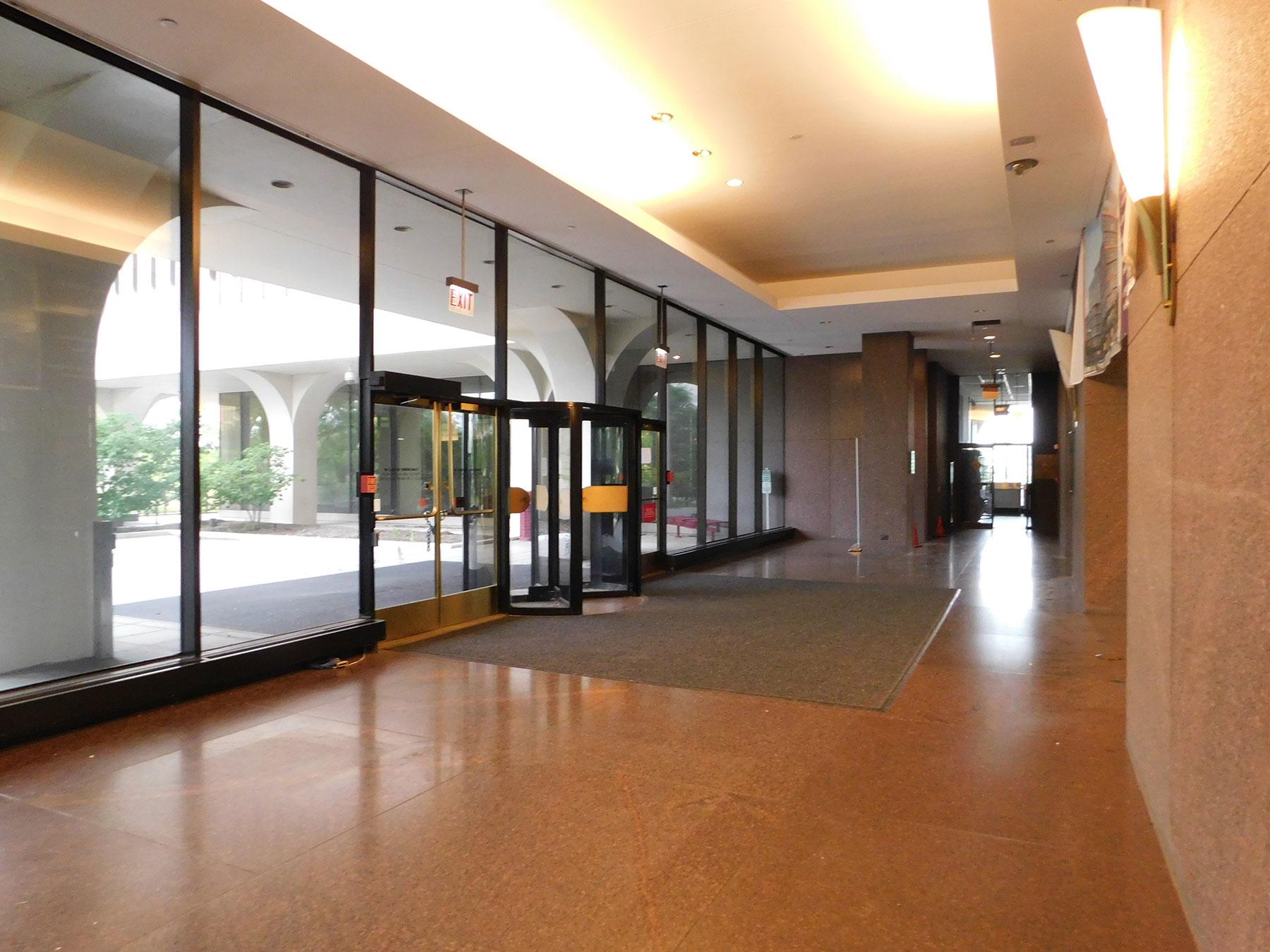 McDonald Plaza Building, Oak Brook, IL