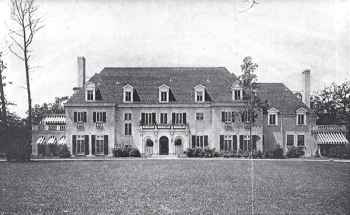 Historic image of James Ward Thorne House in Lake Forest, IL. Source: The Architectural Record, May 1915.